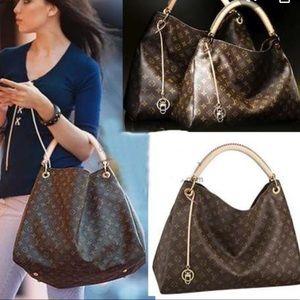 ❤️discontinued ARTSY MM Louis Vuitton braided bag